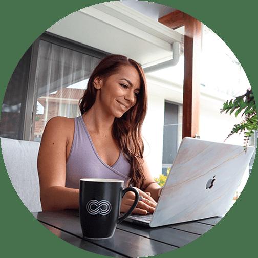 Carina Chirila Fitness Logo